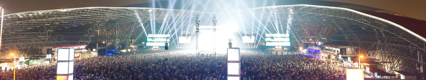 Spectacular lighting effects at du arena for Yasalam After-Race Concert